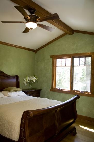Mueller2007 Details master bedroom